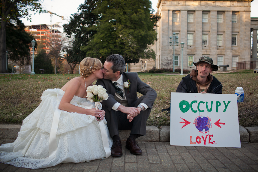 Anna and Jason were married on December 3 2011 and their wedding was one